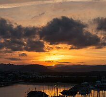 Coffs Harbour Sunset by Olga Kashubin