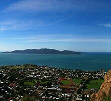 Magnetic Island from Castle Hill by Paul Gilbert