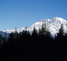 Mt Rainier 4 by MichaelWick