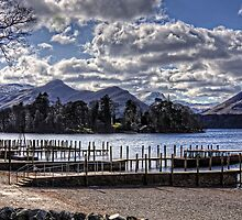 Clouds over Derwentwater by Tom Gomez