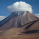 Licancabur Volcano by DianaC