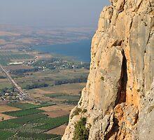 Arbel cliff. by Oleg Zaslavsky