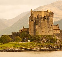 Eilean Donan Castle, Highlands, Scotland by IMAG-inE