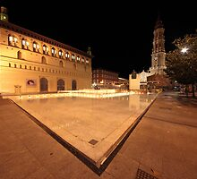 Plaza del Pilar, Zaragoza, Spain by remos