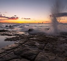 Point Cartwright, Qld by McguiganVisuals