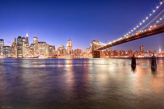 City Nights - Brooklyn Bridge & Manhattan Skyline by Mark Tisdale