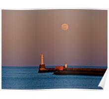 Full moon over Aberdeen pier Poster