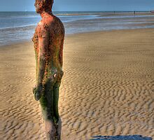 Gormley statue, hdr by Mikhail31