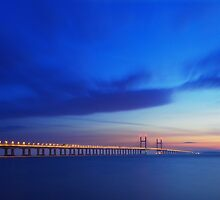 The Severn Bridge from Severn Beach. by Dan Watkiss