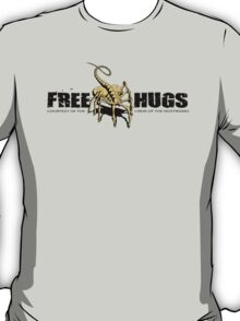 Free Hugs - ALIEN Movie Face Hugger Parody  T-Shirt