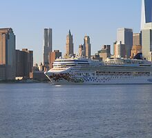 Cruise Ship Norwegian Gem On The Hudson Riv.! by pmarella