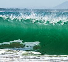 Mooloolaba Beach Break by Steve E