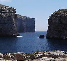 Malta, Gozo - Fungus Rock by uberfun