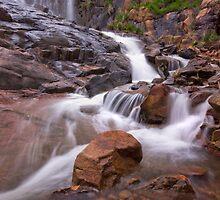 Lesmurdie Falls by jamie mackie