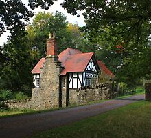 Gate lodge by Chirk Castle drive by turniptowers