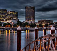 View From The South Bank - Portland Oregon by thomr