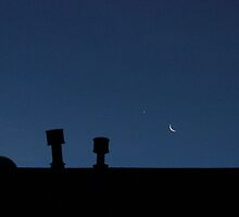 A Rooftop Moon by aprilann
