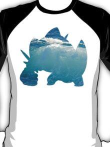 Mega Swampert used Hydro Pump T-Shirt