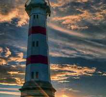 Sunrise Lighthouse. by eXparte-se