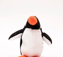 penguin toy by arnau2098