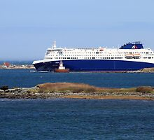 The Nova Star Passing Yarmouth Bar by Debbie  Roberts