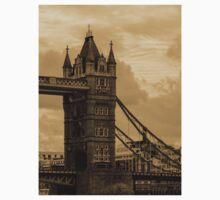 Tower Bridge - antique Kids Clothes