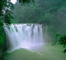 Taipei Waterfall  by MichaelKe