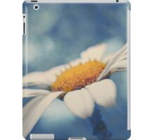 Hazy Daisy iPad Case/Skin