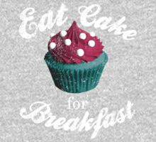 Eat cake for breakfast, with vintage wear and tear T-Shirt