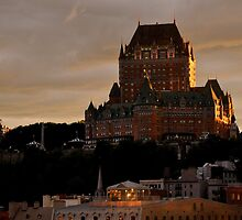 Fiarmont Le Chateau Frontenac by Margaret  Shark