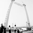 Building the Saint Louis Arch  by hourglasssusie