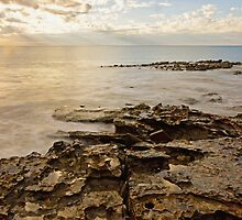 cable beach rocks by Elliot62