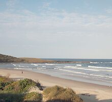 The waves roll in - Yamba NSW Aust-come and stroll the beach with me by Margaret Morgan (Watkins)