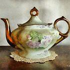 Heirloom Teapot by RC deWinter