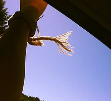 hands in the wind by happilykeely