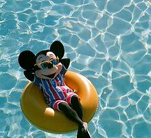 Mickey Mouse (2) by shoshgoodman