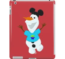 Olaf in Little Green Men Shirt  iPad Case/Skin