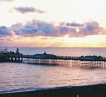 Brighton Pier, England by GeorgeOne