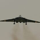 Vulcan landing at RAF Waddington by Jonathan Cox