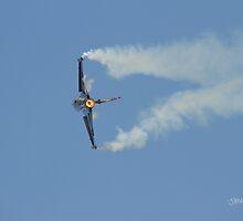 Turkish F16 at Waddington Airshow by Jonathan Cox