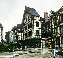 Place de Alexandre possibly Chalon sur Marne 198405060036 by Fred Mitchell