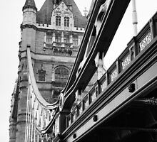 Tower Bridge in Black and White by Ian Middleton