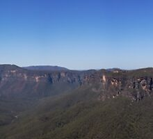 Grose Valley Panorama by Lauren Huston