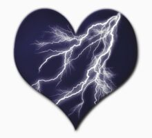 Lightning Bolt Heart by Starrphyre