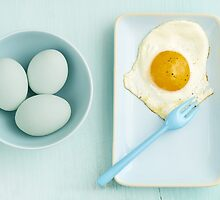 Eggs and fried egg by Elisabeth Coelfen