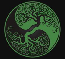 Green and Black Tree of Life Yin Yang T-Shirt