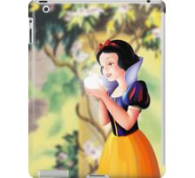 Miss White Apple logo iPad Case/Skin