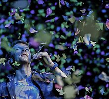 Coldplay's Chris Martin  by Heidelberger Photography