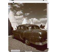 Route 66 - Wigwam Motel and Classic Car iPad Case/Skin
