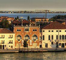 Casa dei Tre Oci by Tom Gomez